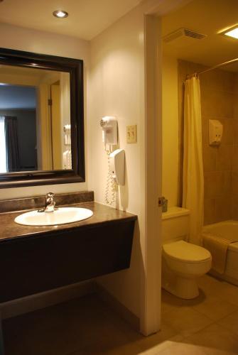Rideau Heights Inn - Ottawa, ON K2E 7A6