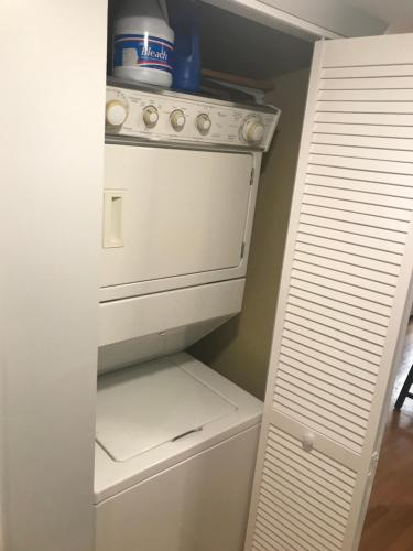 Condo In Central Location - Chicago, IL 60642