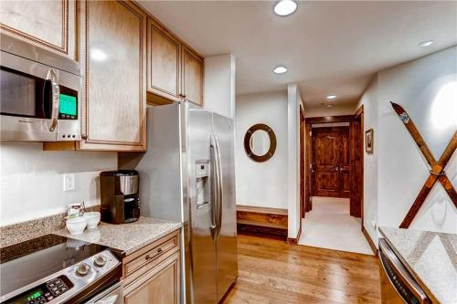 Beautifully Appointed 2 Bedroom - Bluesky 516 - Breckenridge, CO 80424