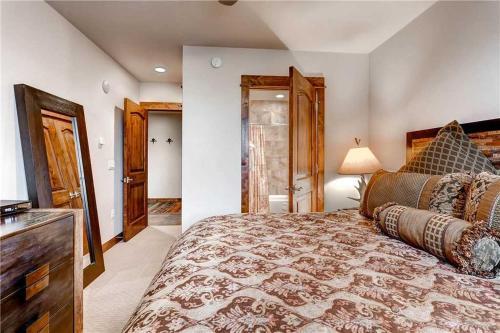 Economic 2 Bedroom - Bluesky 301 - Breckenridge, CO 80424