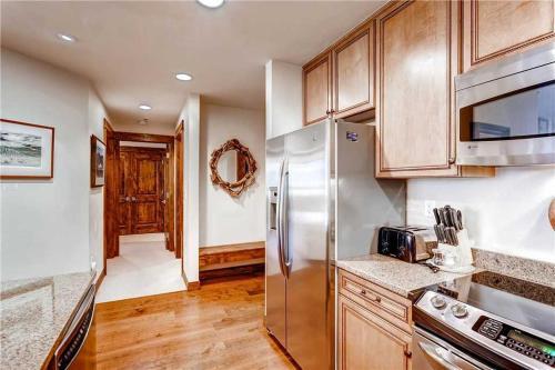 Wonderful 2 Bedroom - Bluesky 606 N - Breckenridge, CO 80424