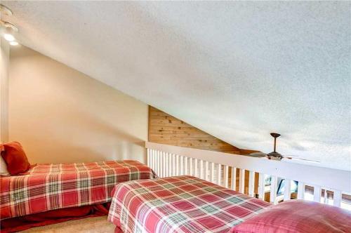 Comfortably Furnished 2 Bedroom - Derstrmrk 214 - Breckenridge, CO 80424