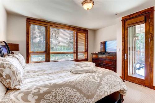 Convenient 2 Bedroom - Bluesky 513 - Breckenridge, CO 80424