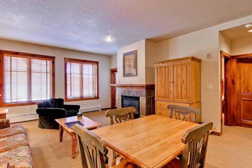 Conveniently Located 1 Bedroom - Main Stn 1202 - Breckenridge, CO 80424