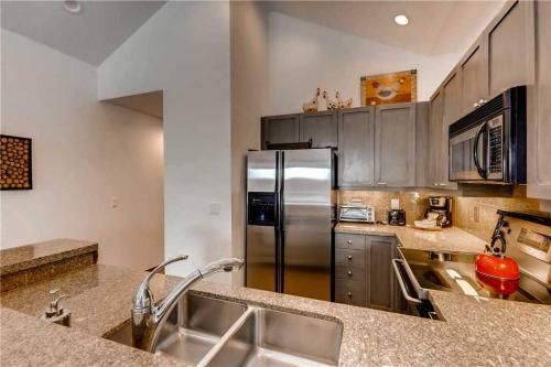Affordably Priced 3 Bedroom - Junction 09 - Breckenridge, CO 80424