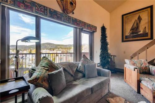 Conveniently Located 1 Bedroom - Derstrmrk 215 - Breckenridge, CO 80424