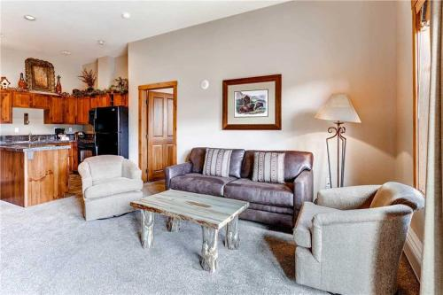 Perfectly Priced 2 Bedroom - Main Stn 1505 - Breckenridge, CO 80424