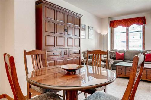 Invitingly Furnished 1 Bedroom - Main Stn 2202 - Breckenridge, CO 80424