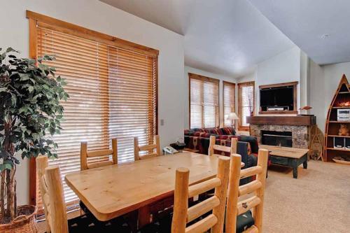 Adorable 1 Bedroom - Junction 26 - Breckenridge, CO 80424