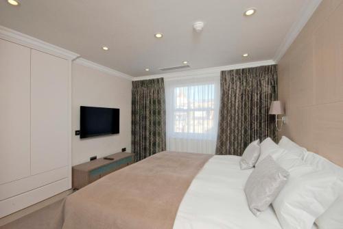 Claverley Court Apartment Knightsbridge photo 13