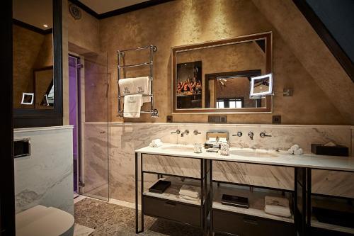 Hotel TwentySeven - Small Luxury Hotels of the World photo 27