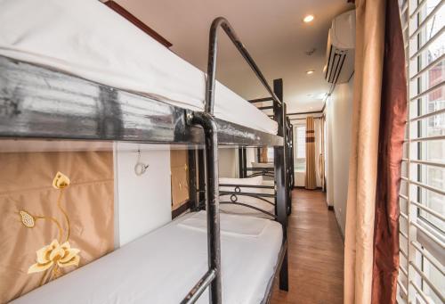 May De Ville Legend Hotel photo 46