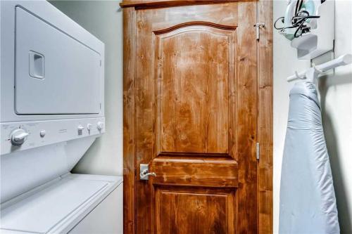 Spacious 2 Bedroom - Bluesky 405 - Breckenridge, CO 80424
