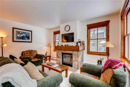 Wonderful 2 Bedroom - Junction 04 - Breckenridge, CO 80424