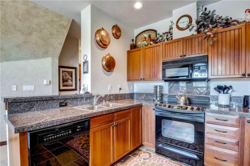 Cozy 1 Bedroom - Main Stn 1301 - Breckenridge, CO 80424