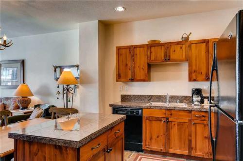 Adorable 1 Bedroom - Main Stn 1403 - Breckenridge, CO 80424
