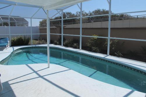 3 Bedroom 2 Bath Home With Private Pool Very Close To Disney - Kissimmee, FL 34746
