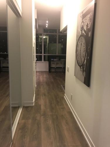 Ryerson Suites - Toronto, ON M5B 1Z9