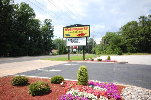 Millville Motorsports Inn And Suites - Millville, NJ 08332