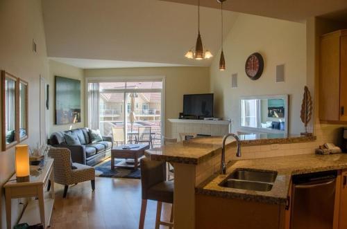 Discovery Bay - Sixth Floor - Db601 - Kelowna, BC V1Y 9W1