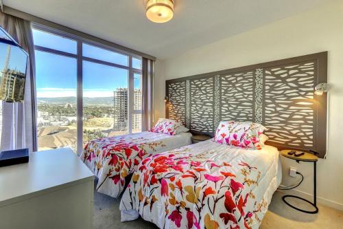 Sunset Tower - Fourteenth Floor - Sb1403 - Kelowna, BC V1Y 9W7