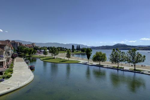 Discovery Bay - Fourth Floor - Db428 - Kelowna, BC V1Y 9W1