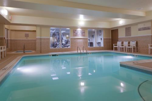 Country Inn & Suites by Radisson, Doswell (Kings Dominion), VA Photo