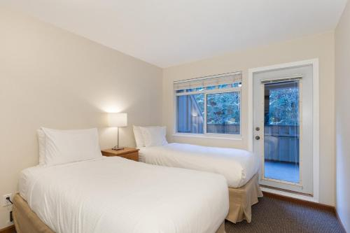 Lagoons By Mountainview Accommodation - Whistler, BC V0N 1B4