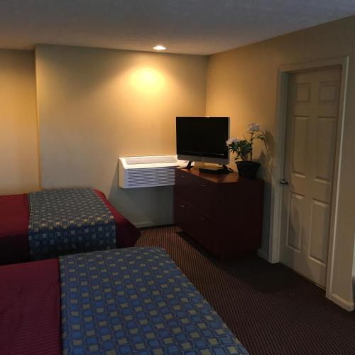 Wayfare Motel - Jeffersonville, IN 47130