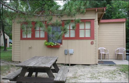 Lake Edward Resort - Nisswa, MN 56465