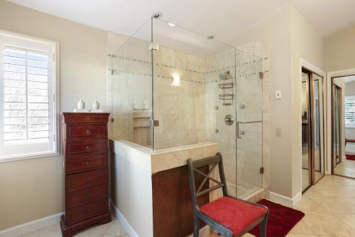 Convenience And Tranquility - Marietta, GA 30068