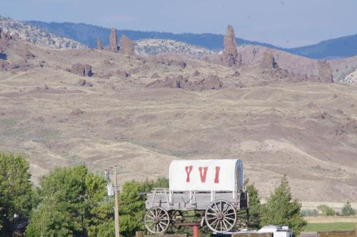 Yellowstone Valley Inn Photo