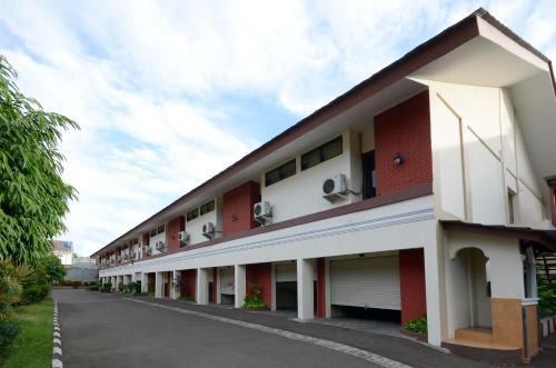 C One Cempaka Putih Hotel Jakarta In Indonesia