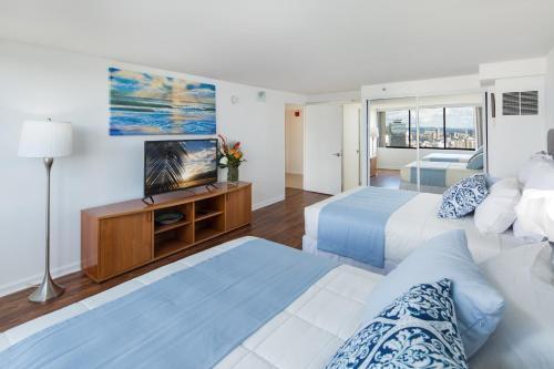 Waikiki Penthouse @ The Monarch Hotel - Honolulu, HI 96815