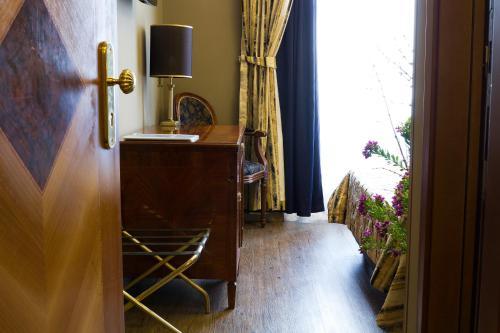 Vatican Garden Inn photo 51