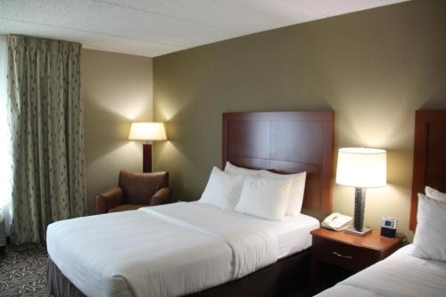 Comfort Inn Cortland Photo