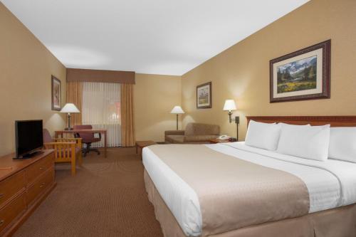 Days Inn By Wyndham Wellington Fort Collins Area - Wellington, CO 80549
