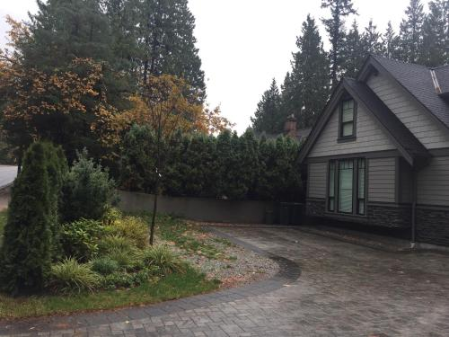 Vancouver Austin Guesthouse Photo