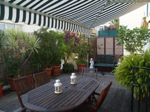 Terrace Apartment Photo 1