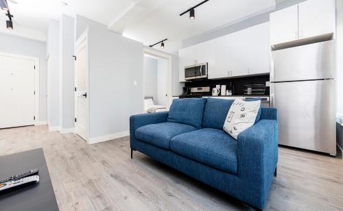 Jade Apartment - Chicago, IL 60605