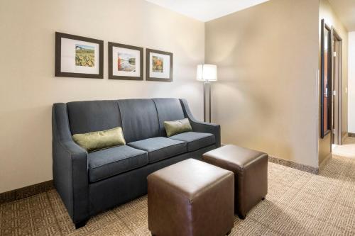 Comfort Suites Foxfire Waupaca Photo
