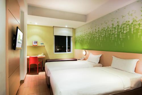 Zest Hotel Harbour Bay Batam photo 17