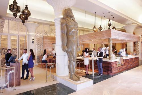 Peermont Metcourt Suites at Emperors Palace