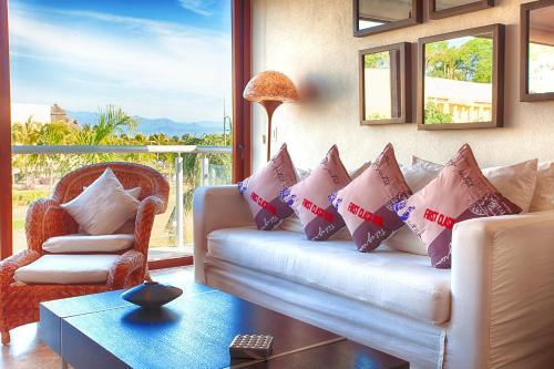 Hotel B Nayar Photo
