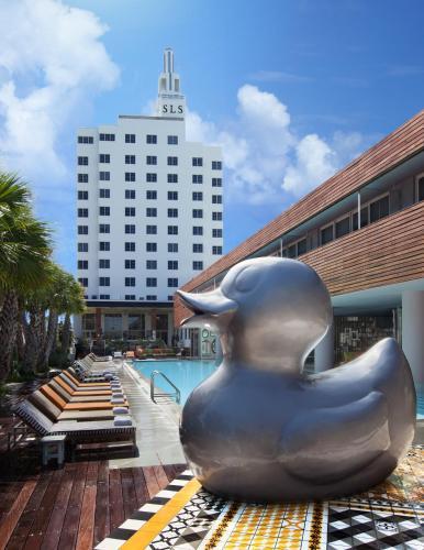 1701 Collins Avenue, Miami Beach, Florida, FL 33139, United States.