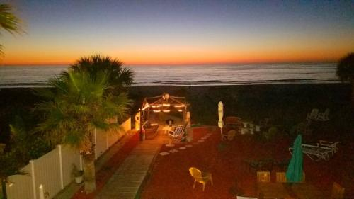 Sun N Fun Beachfront Vacation Rentals Photo