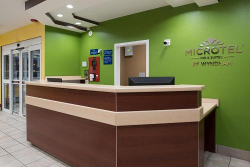 Microtel Inn & Suites By Wyndham Rogers - Rogers, AR 72756