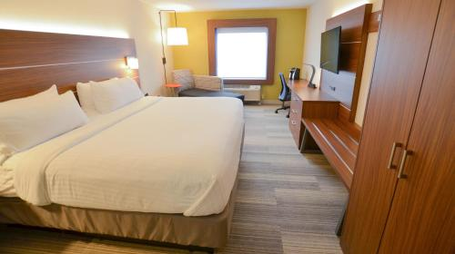 Holiday Inn Express Pittsburgh-bridgeville - Bridgeville, PA 15017