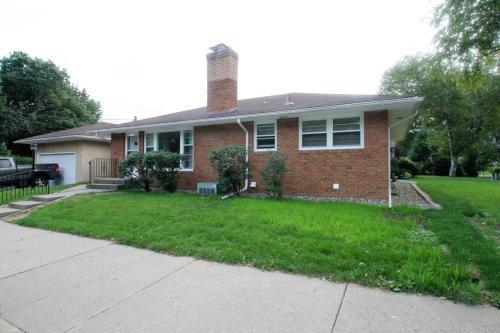 4 Bedroom Home On 60th Street - Minneapolis, MN 55417