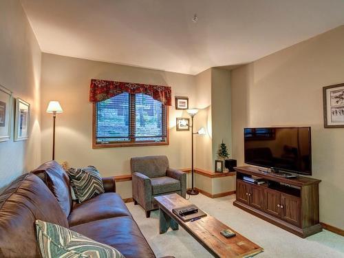 Elegant 1 Bedroom - Los Pinos D10 - Breckenridge, CO 80424